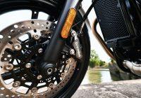 Колко често трябва да сменяте накладките на мотоциклета си?
